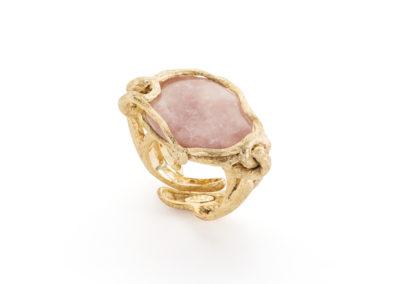 Anello artigianale con quarzo rosa